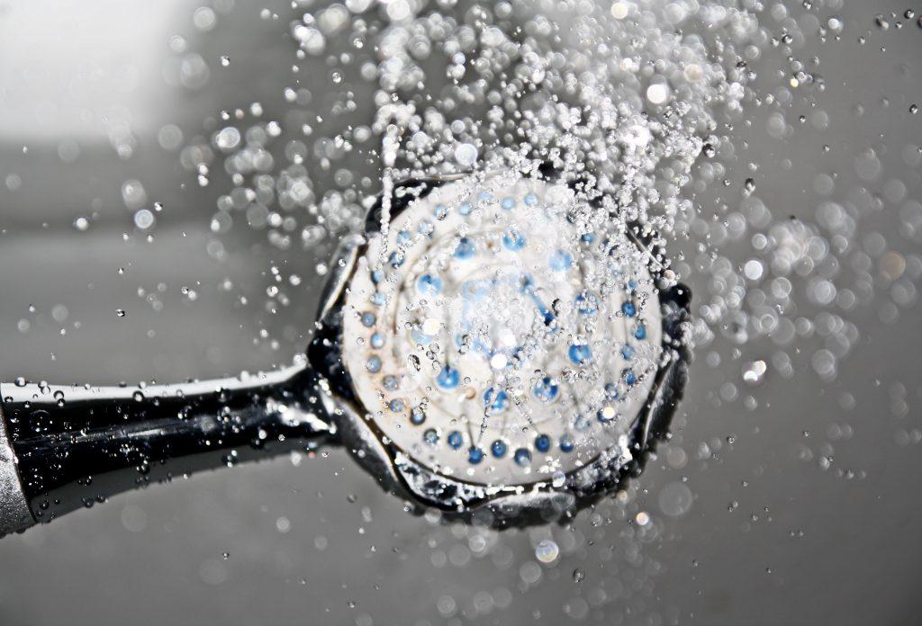 Au Pairs duschen viel