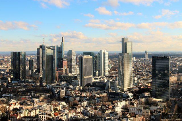 city-3246980_1280-640x426