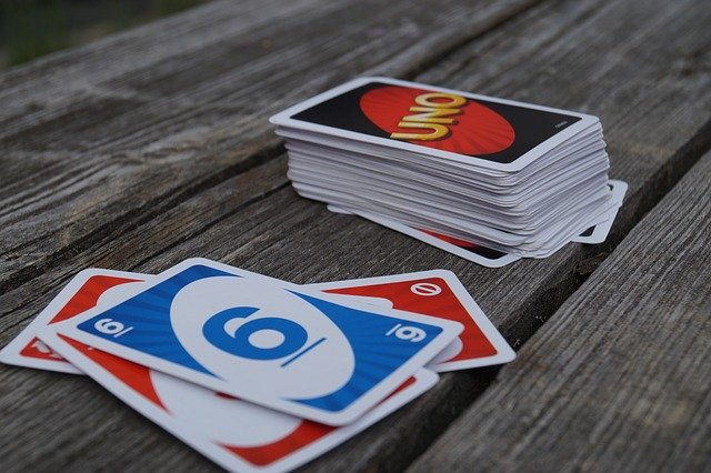 Top 5 games for kids: UNO
